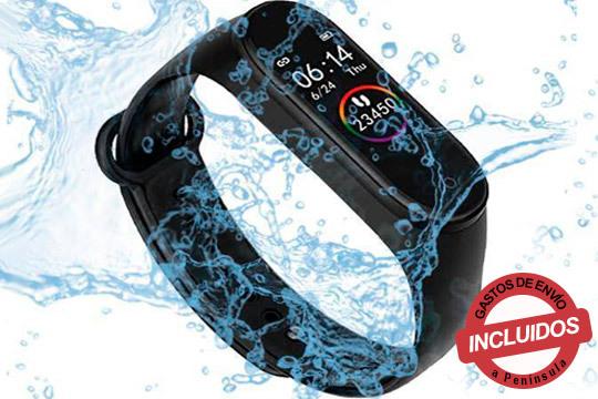 Pulsera inteligente compatible con sistemas iOS y Android y resistente al agua. Perfecta para medir la frecuencia cardíaca mientras te ejercitas y la distancia recorrida ¡No te lo pierdas!