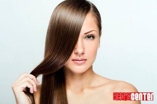 Presume de melena brillante y sana con el tratamiento Elastic Keratin en el centro Red's ¡Incluye corte de pelo!