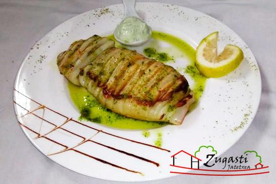 Nuevo menú de 6 platos con carne y pescado en Zugasti ¡Exquisito!