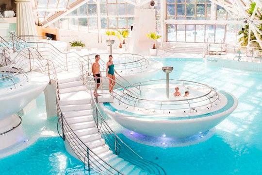 Disfruta de un día de relax en el centro termolúdico de Caldea ¡Entrada para junior o adulto al mejor precio!