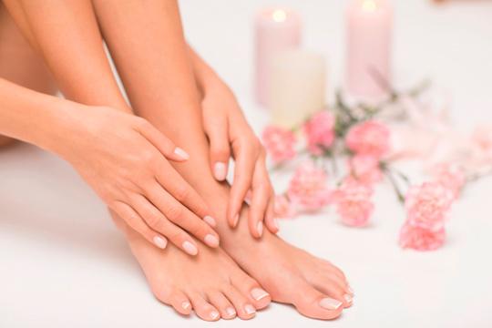 Sesión de manicura + pedicura completa unisex ¡Manos y pies perfectos!