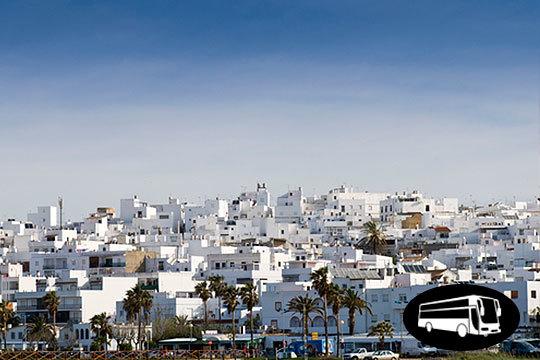 ¡Visita la ciudad de Cádiz durante el carnaval! Salida desde Burgos, Miranda, Madrid o Zaragoza a un increíble precio