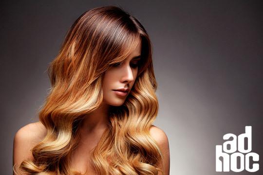 ¡Cambia de look y siéntete rejuvenecida! Sesión de peluquería con lavado, mechas y peinado con opción a corte