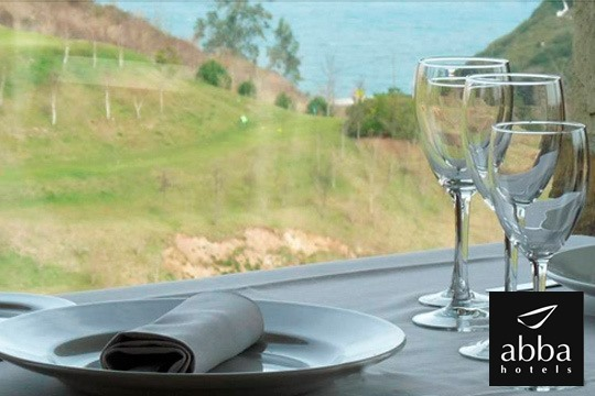 Menú arrocero + sesión de spa en el Hotel Abba Comillas Golf ¡Disfruta de las espectaculares vistas sobre el mar y con el horizonte de los Picos de Europa de fondo!