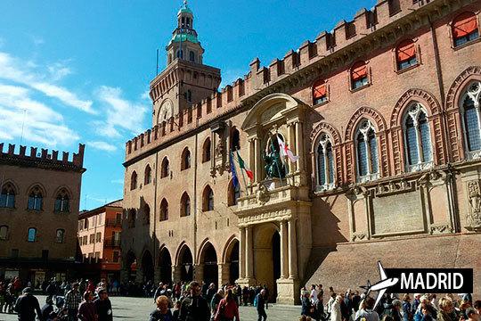 ¡Descubre la belleza de Bolonia! Estancia de 3 noches con desayuno con salida desde Madrid