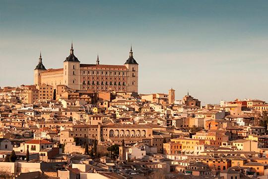 ¡En el puente de diciembre recorre la geografía española! Circuito en autocar por Toledo, Aranjuez y Madrid