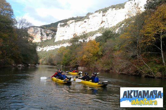 ¡Diversión asegurada en Akumaya Aventura! Rafting, canoraft o canoas indias para toda la familia, elige tu lugar