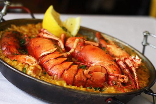 Nuevo menú de arroz con bogavante en Arrietara (Playa La Salvaje)