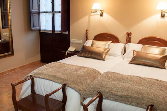 Desconecta y disfruta en Asturias con la estancia de 4 noches con desayunos en el hotel Entremontes