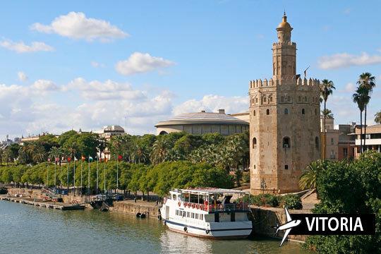 ¡Enamórate de la capital andaluza en mayo! Vuelo desde Vitoria + 3 noches con desayunos