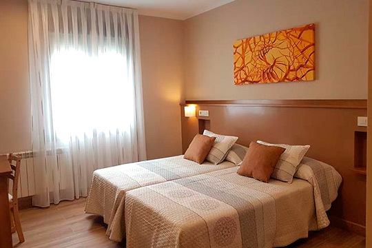 Disfruta de los increíbles paisajes de Ribadesella con 1 o 2 noches con desayuno en el hotel La Chopera ¡Opción a cena!
