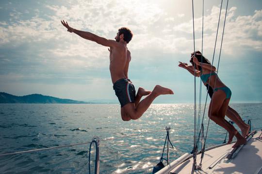 ¡Alquila un barco en Orio durante 1 hora! Perfecto para celebraciones, baños en el mar, fiestas y más
