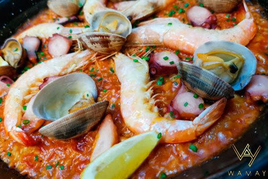 Menú de paella de marisco con postre, bebida y café (P. Deportivo)