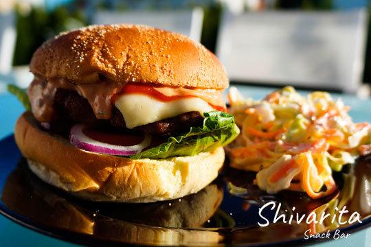 Menú de hamburguesas de txuleta para 2 ¡Añade Nachos Juárez!
