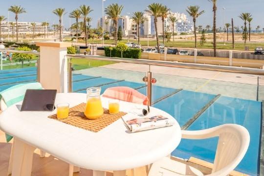 Disfruta del mar en septiembre y desconecta un rato de la rutina en Roquetas de Mar. Disfruta durante 7 noches en apartamentos Pierre & Vacances¡Para 6 personas!