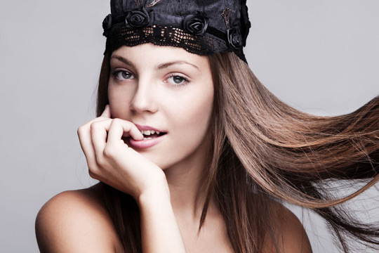 Renueva tu imagen con una completa sesión en Peluquería S&R: lavado + masaje craneal + corte + peinado... ¡Y mucho más!