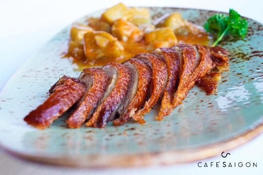 Menú degustación de 8 platos en Saigon (Hotel María Cristina)