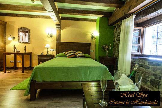 Deja atrás la rutina y el agobio de la ciudad y disfruta de tu pareja en el Hotel Casona La Hondonada ¡1 o 2 noches en habitación con bañera de hidromasaje, desayuno buffe y spa privado!