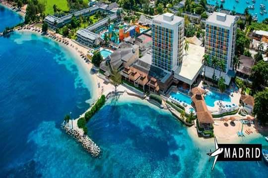 Jamaica en verano vuelo + 7 noches en hotel 5* ¡Con Todo Incluido!