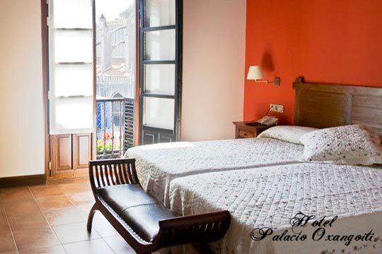 Descubre Lekeitio, uno de los pueblos con más encanto de Bizkaia, desde el Hotel Palacio Oxangoiti ¡1 o 2 noches con desayuno!