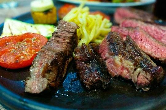 ¡Nueva gerencia! Menú con 8 platos en la Bilbaína (Centro)