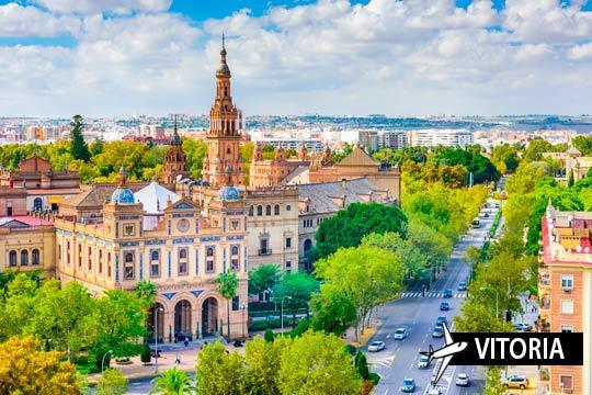 ¡Enamórate de la capital andaluza en diciembre o enero! Vuelo desde Vitoria + 3 noches con desayunos