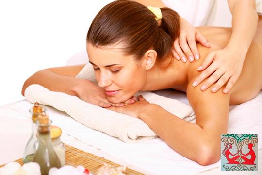 Renueva tu energia con 1, 3 o 5 masajes de espalda, piernas o deportivo en Centro Time for...TT ¡Te mereces cuidarte!