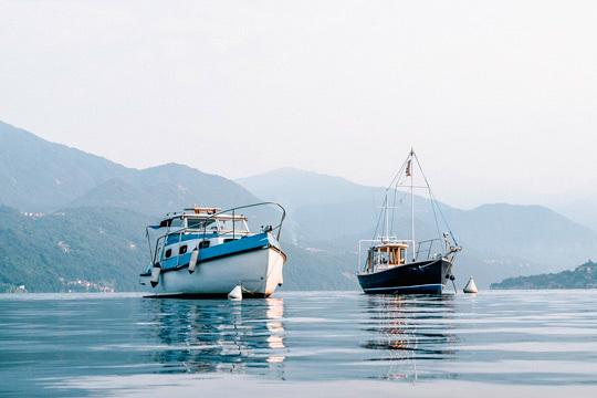 Vive una mañana inolvidable con una travesía a través de la costa guipuzkoana ¡Con todo lo que necesitas para pescar!