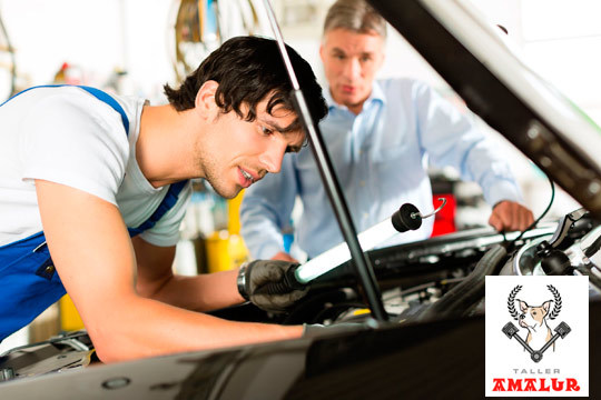Viaja seguro tras la revisión de tu coche en Talleres Amalur ¡Incluye cambio de aceite y opción a cambio de filtro!