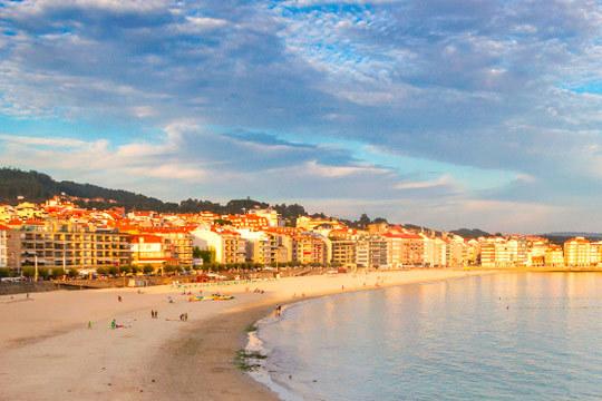 3 noches con media pensión en un coqueto hotel en Sanxenxo con entrada el 5 de diciembre ¡Disfruta en el puente de Galicia!