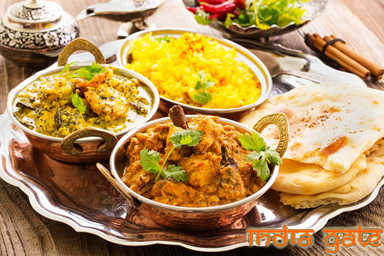 Menú con postre y bebida en India Gate ¡Descubre nuevos sabores!
