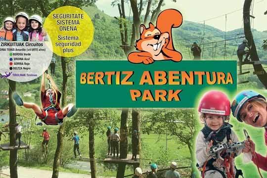 Vive una aventura increíble para niños y mayores ¡Más de 1 kilómetro de recorridos aéreos entre árboles con más de 60 juegos y 6 tirolinas!