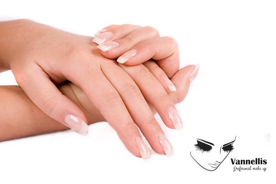 Luce unas manos preciosas con la manicura de Vannellis ¡Decide si prefieres manicura normal, francesa o con color!