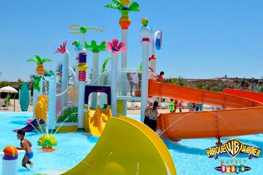 Este verano no hace falta que acudas a un sitio con costa para disfrutar de la playa ¡Entradas para el Parque Warner Beach!