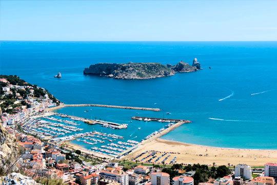 Relájate en las playas de L'Estartit, en la Costa Brava, y disfruta de entre 3 y 7 noches con desayunos + una botella de Cava en el Hotel Santa Anna ¡No te lo pierdas!
