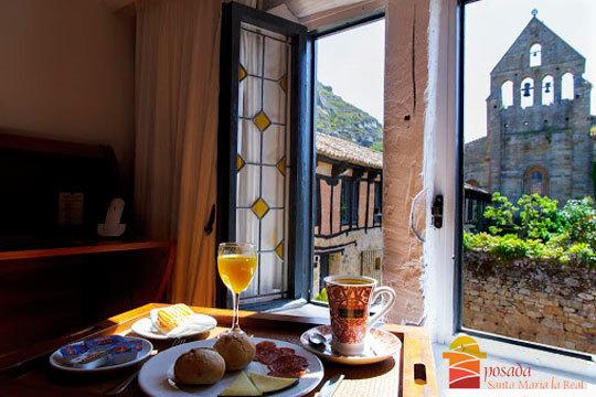 ¡Escapada invernal a Palencia! Estancia de lujo en la Posada Santa María La Real, cena y visita al Monasterio de Santa María la Real
