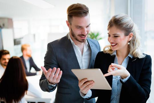 Con este curso de protocolo de 30 horas conocerás los secretos del comportamiento en sociedad ¡La ropa, la mesa, las relaciones y mucho más!