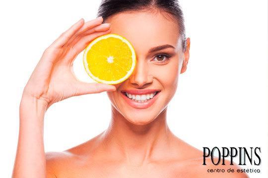 Tratamiento facial con Vitamina C en Poppins ¡Antioxidante, Luminosidad y Reafirmante!