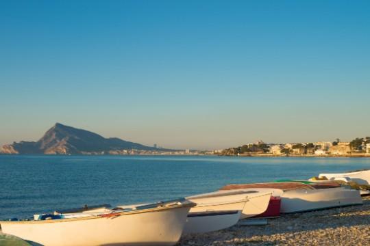 Disfruta del sol y de la arena esta Semana Santa, con estancia de 4 noches en el hotel Rober Palas de playa El Albir ¡A elegir entre régimen de media pensión o pensión completa!