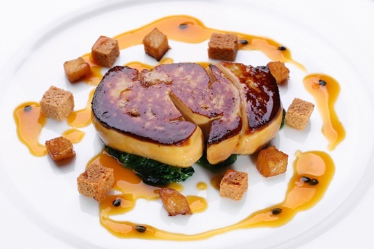 Nuevo menú degustación con carne y pescado (Playa La Salvaje)