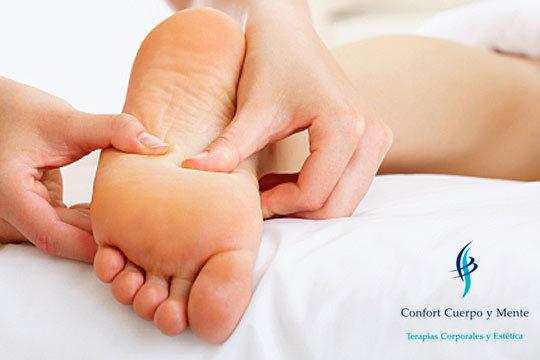 Consigue el más puro relax gracias a un masaje de pies con aceite de Jojoba o un masaje craneofacial en Confort Cuerpo y Mente ¡Y prueba también el spa de pies con trufaterapia!