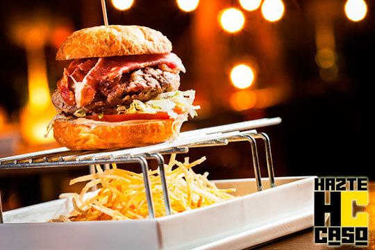 Menú de burger exótica a elegir ¡Búfalo, cebra, guanaco o camello!