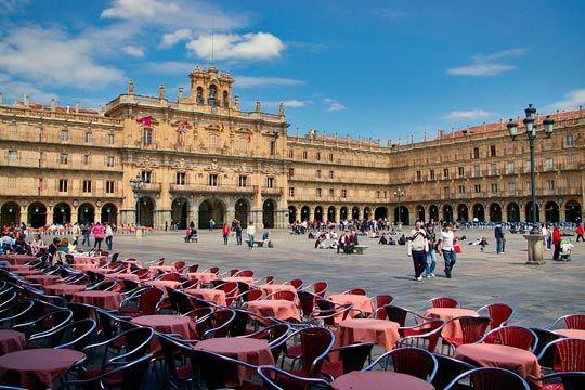 ¡Enamórate de Salamanca en este puente de diciembre! 3 noches de alojamiento en un coqueto hotel con desayunos incluidos para que visites esta bonita ciudad de Castilla y León