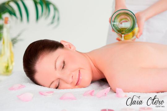 Elimina el estrés y la tensión diaria en Olaia Estétika gracias a un masaje relajante con aceites esenciales y aromaterapia ¡En Amara!