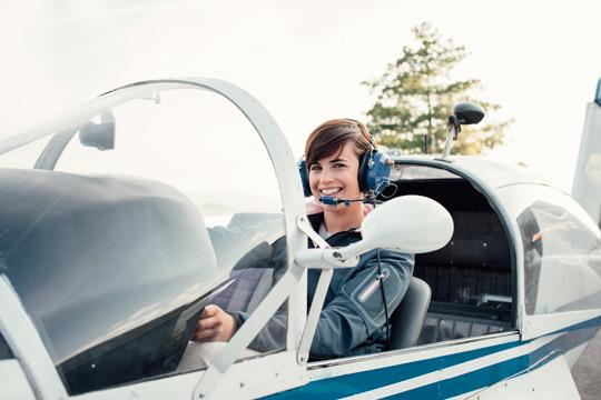 Vive una experiencia única a bordo de un avión ultraligero por la Costa De Bergantiños, Cañón Do Sil, Costa Da Morte y muchas más rutas ¡Volarás acompañado de un piloto experto!