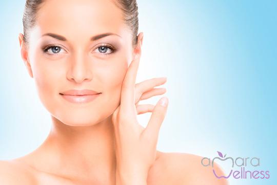 Rejuvenece tu cutis y mejora el estado de tu piel con una sesión de microdermoabrasión con punta de diamante y 2 tratamientos faciales ¡Elige entre hialurónnico, colágeno, vitamina C o perlas!
