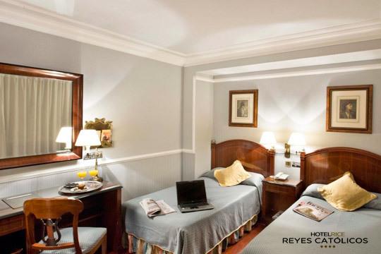 Descubre los rincones más bellos de Burgos con una escapada de lujo al hotel Rice Reyes Católicos 4* ¡Incluye desayuno!