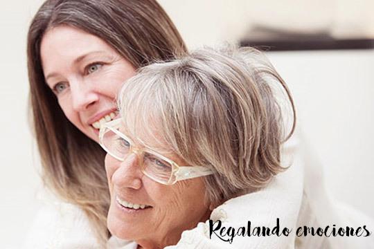 El regalo que jamás ha recibido tu madre y que le encantará ¡Una canción personalizada de Regalando Emociones!