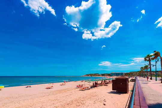 No dejes pasar la oportunidad de pasar un verano en familia en la Costa del Maresme ¡Aprovéchate de esta promoción de niño gratis!