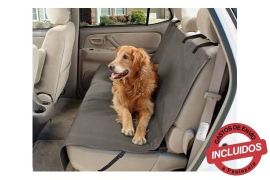Protege los asientos de tu coche de humedades, suciedad, pelos de animal y patas fangosas. Elige entre 1 ó 2 fundas cubre asientos, ajustables y fácil de montar ¡Envío incluído!